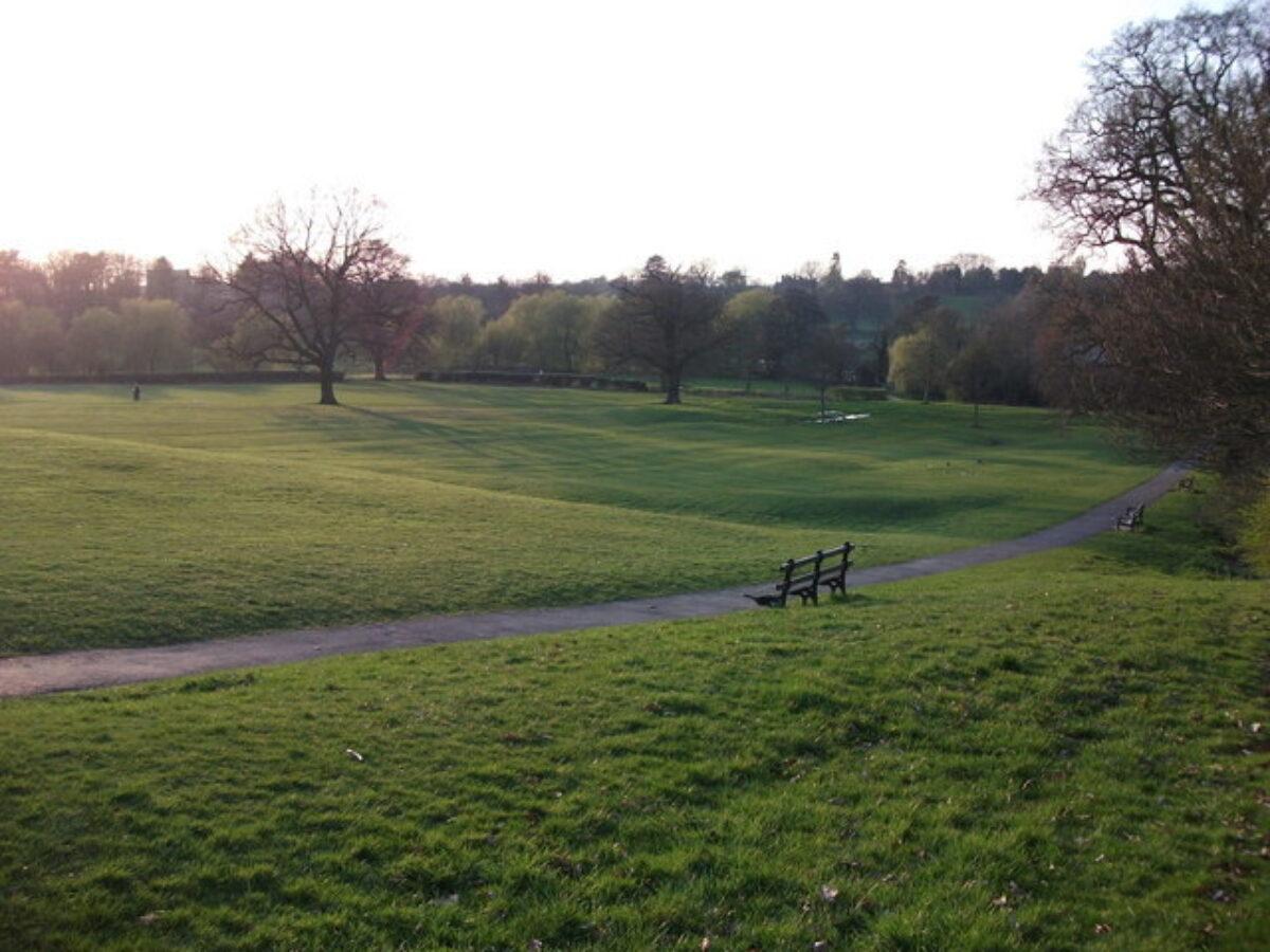 Abbey Fields large photo 1