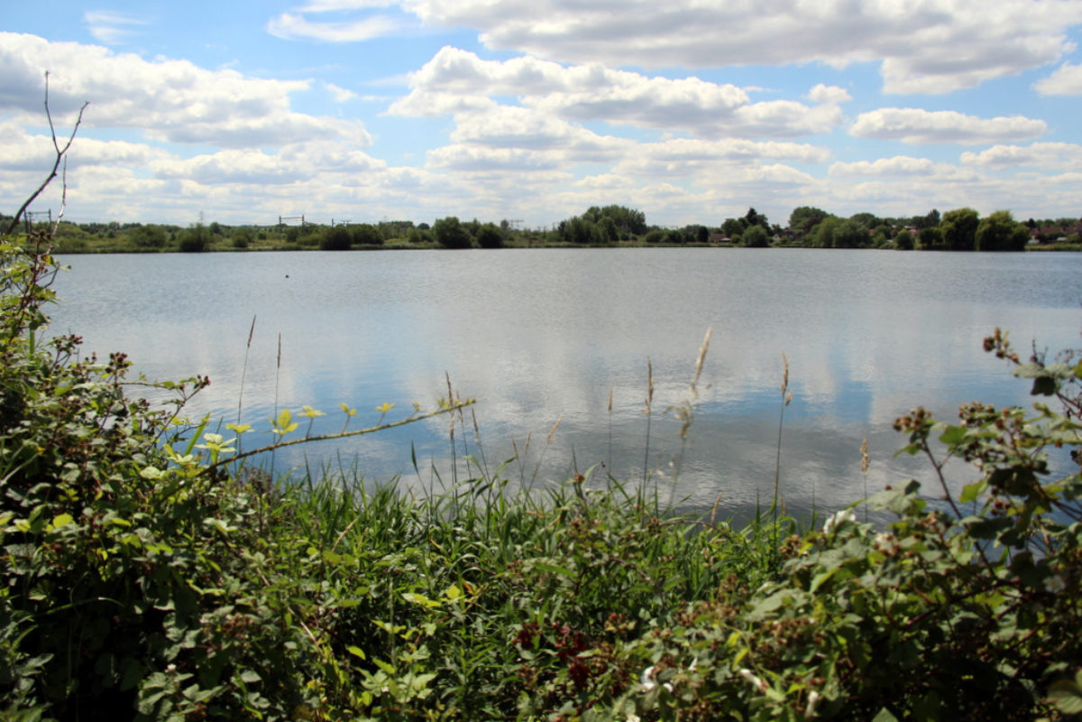 Admiral's Walk Lake large photo 1