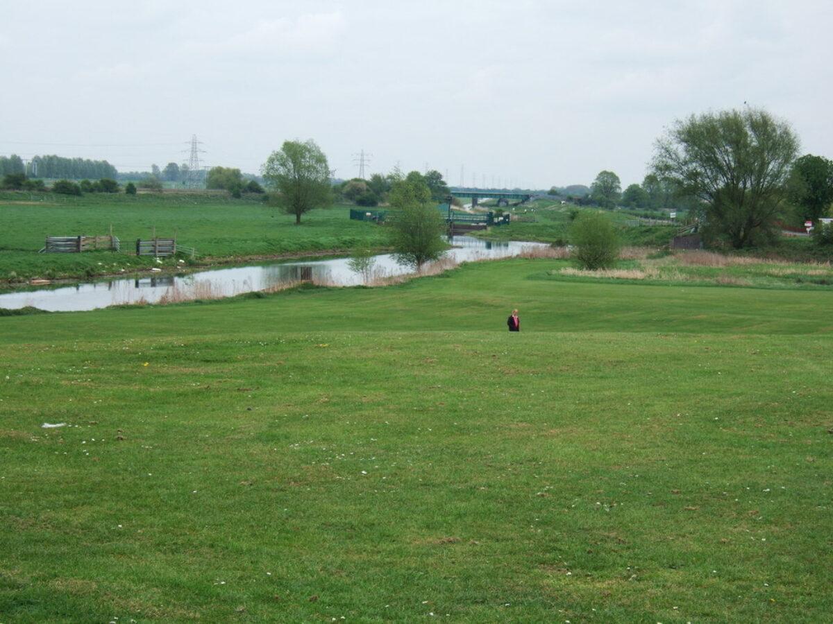 Back River, Stanground, Peterborough large photo 1