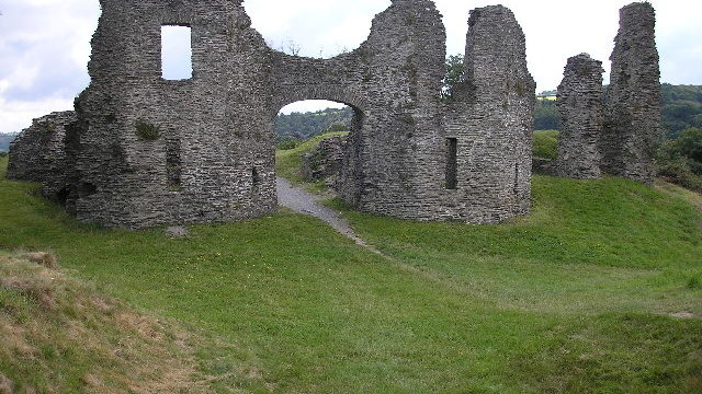 Dog walk at Castell Newydd Emlyn ( Newcastle Emlyn Castle )