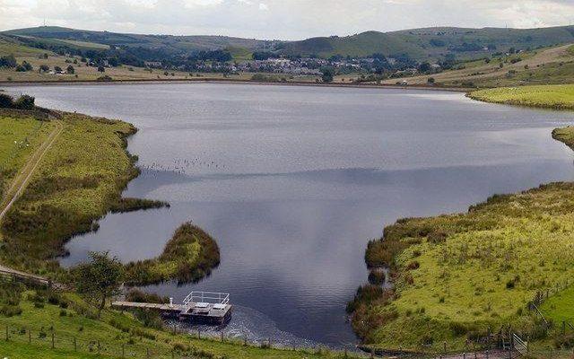 Castleshaw Reservoirs Walk, Delph, Heights Circular Dog walk in Yorkshire (West)