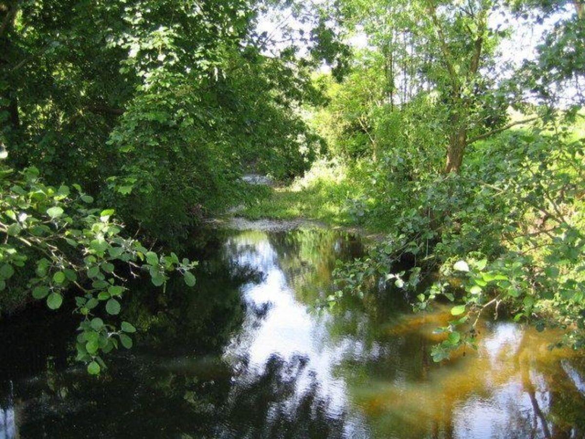 Colney Heath large photo 1