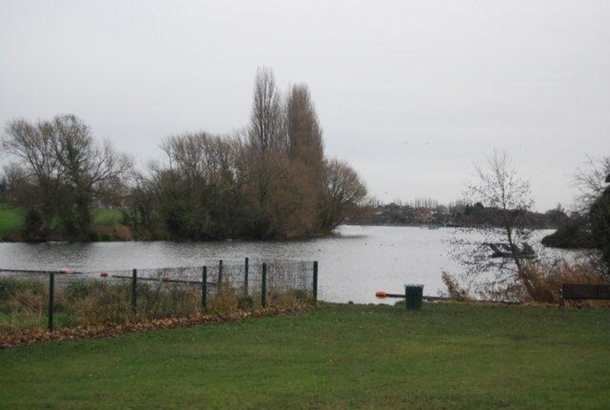 Danson Park, Bexley large photo 1