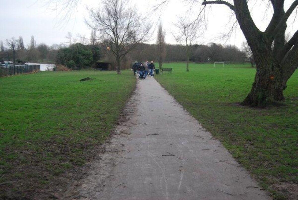 Danson Park, Bexley large photo 2