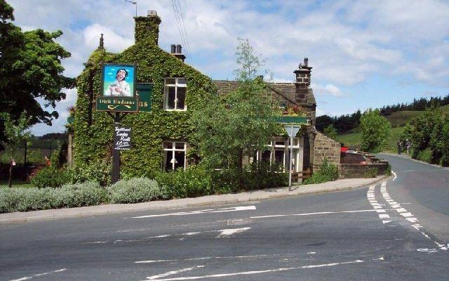 Dick Hudsons To Cow & Calf Dog walk in Yorkshire (West)