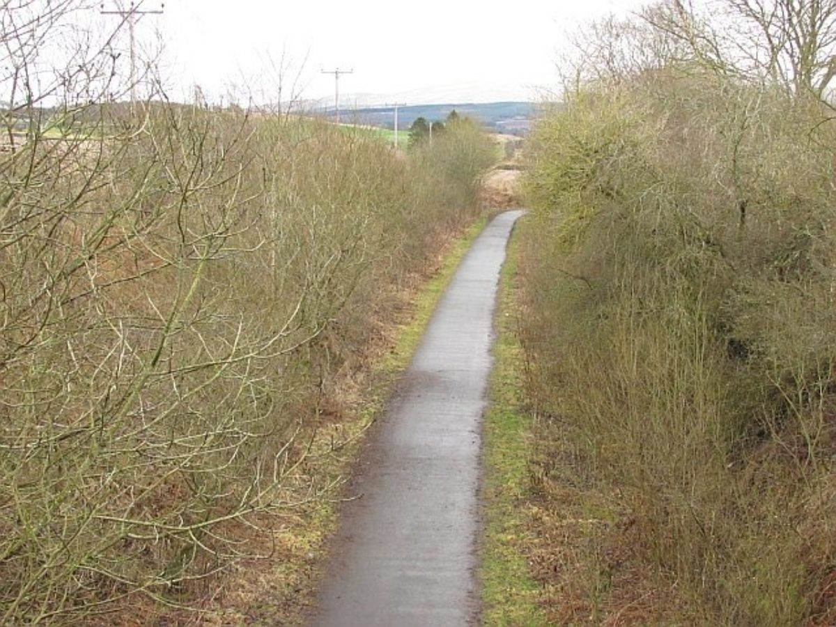 Dunblane to Doune Cycle Path large photo 1
