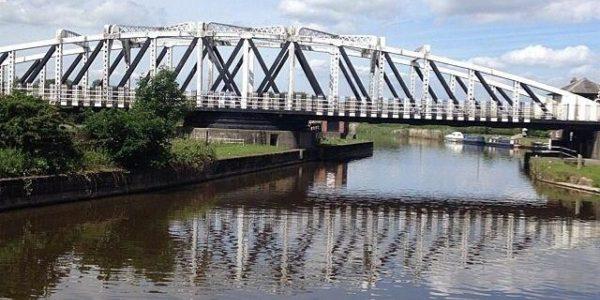 Dutton Locks