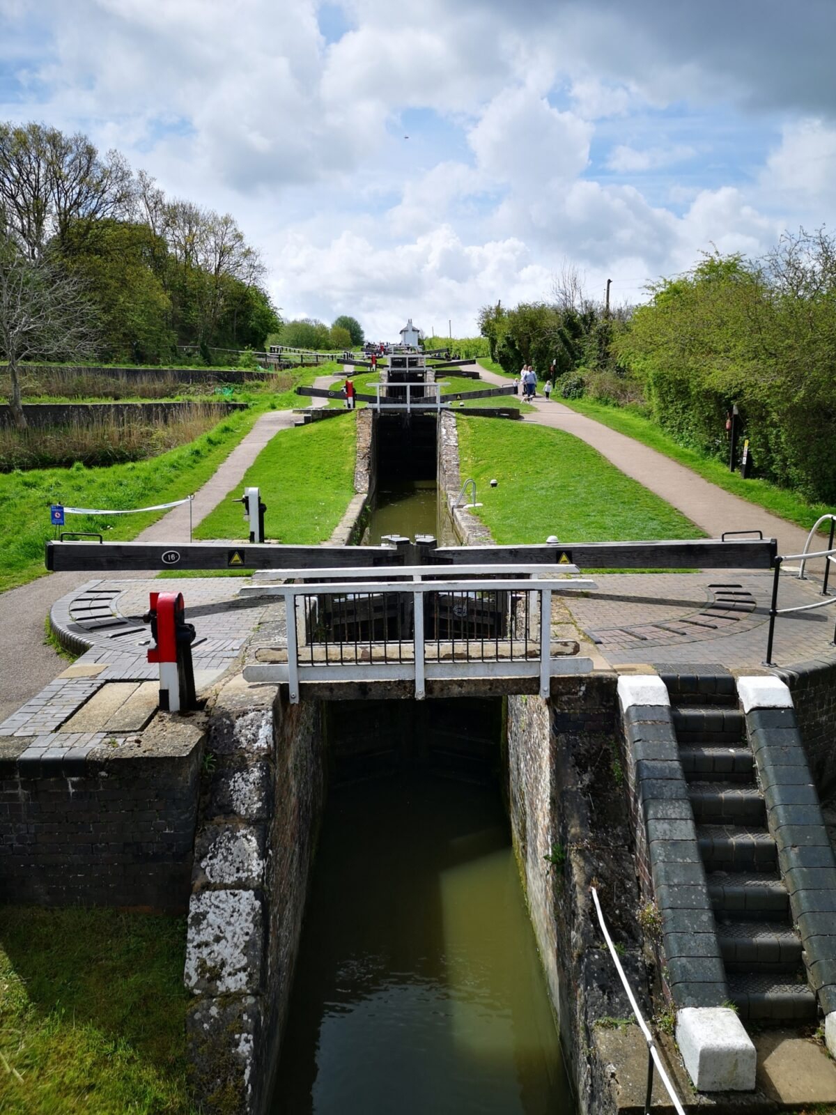 Foxton Locks Canal Walk large photo 4