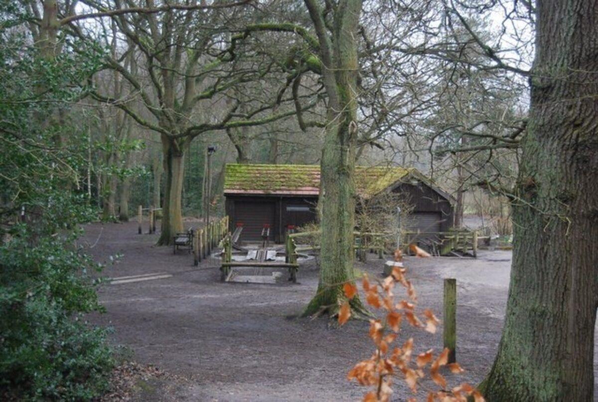 Frimley Lodge Park large photo 1