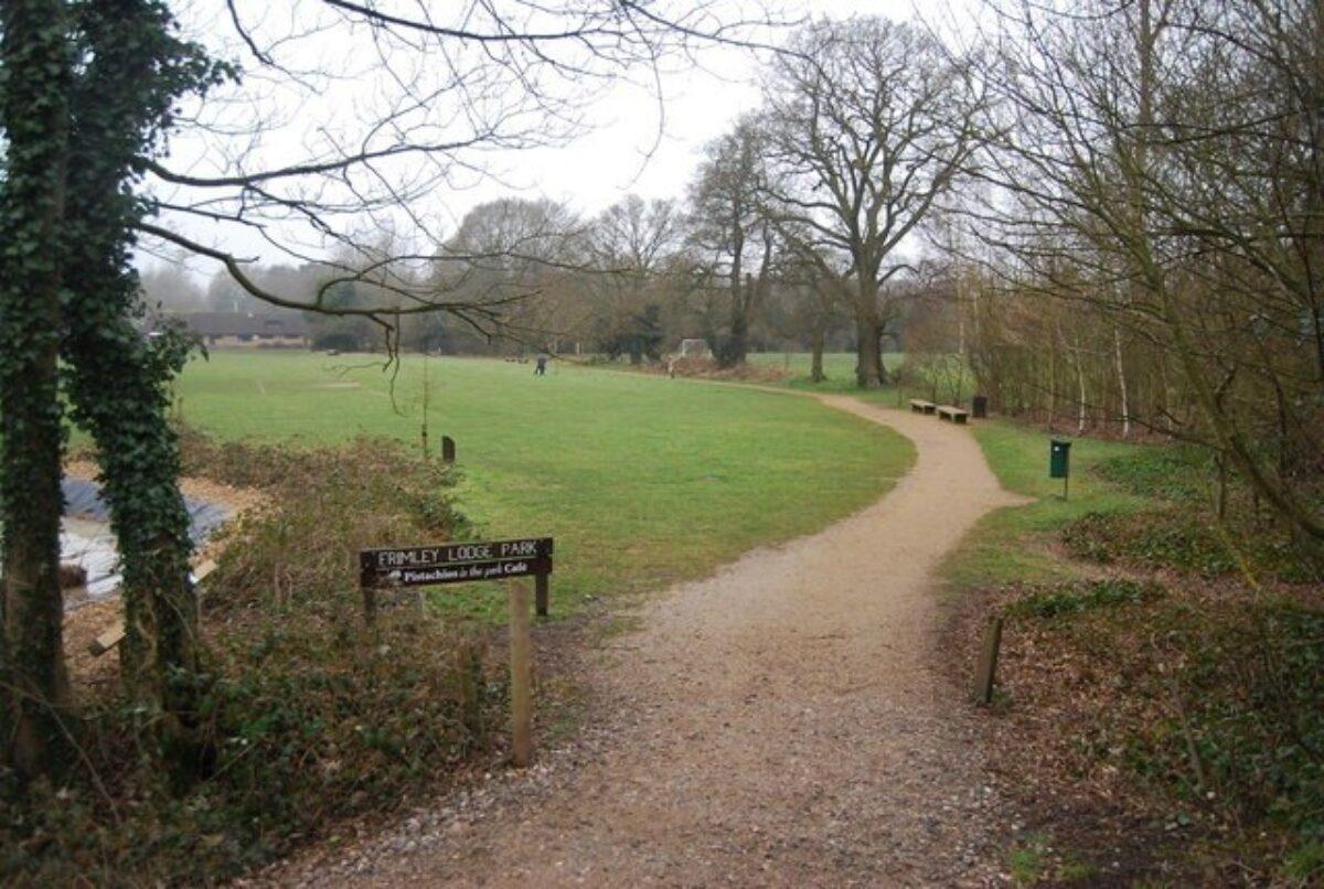 Frimley Lodge Park large photo 3
