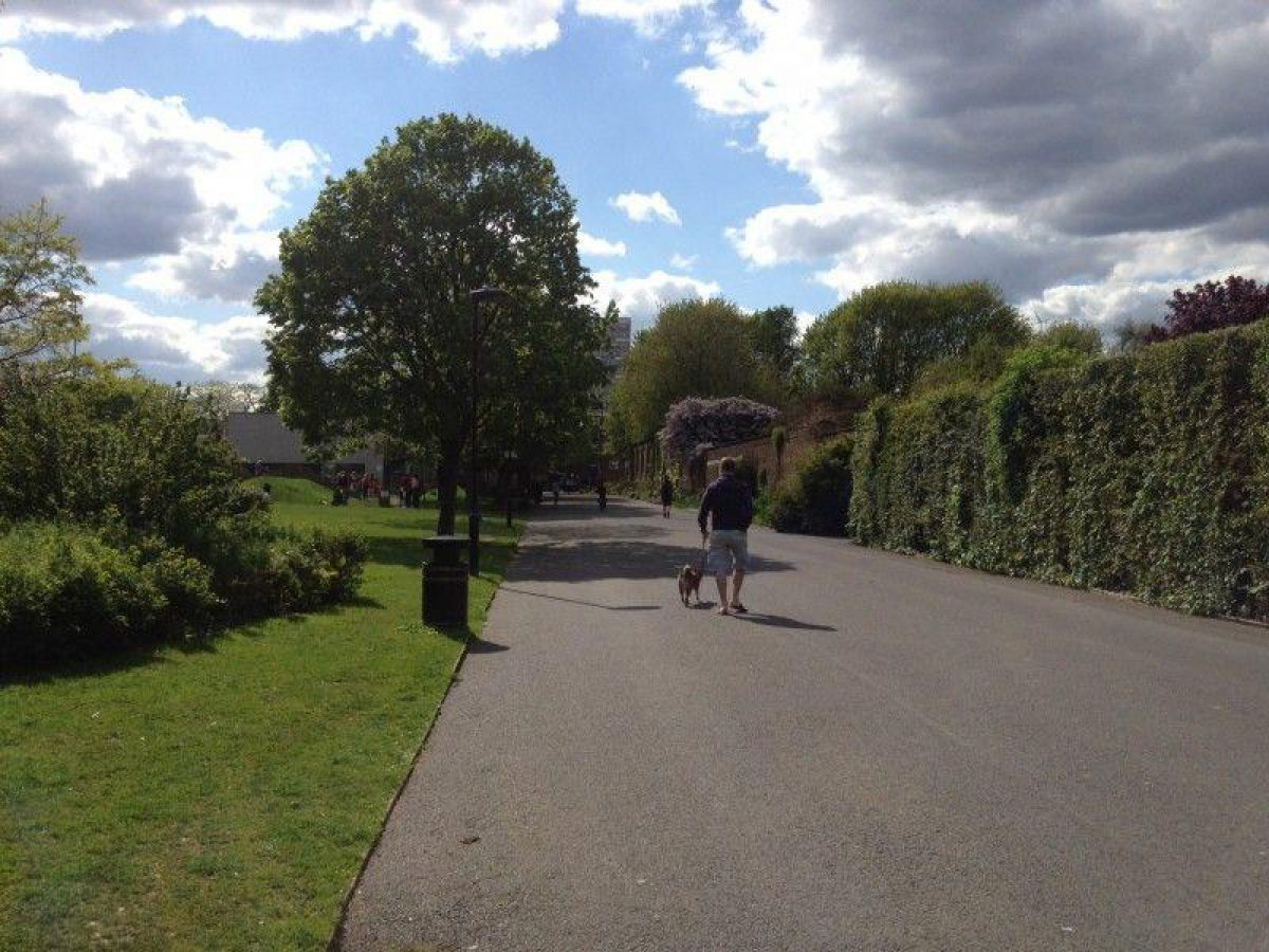 Haggerston Park, Hackney large photo 9