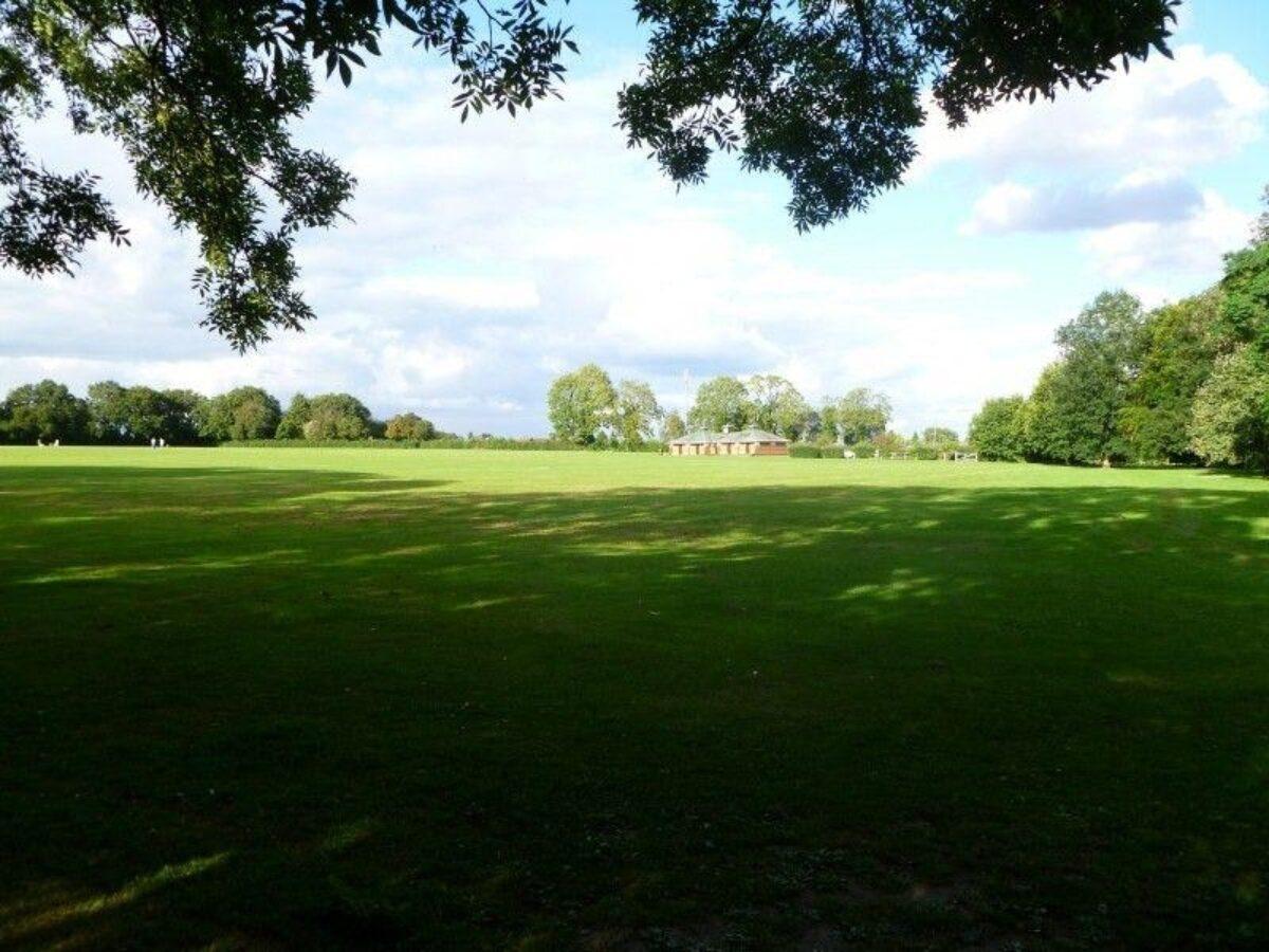 Hazelmere Recreation Grounds large photo 2