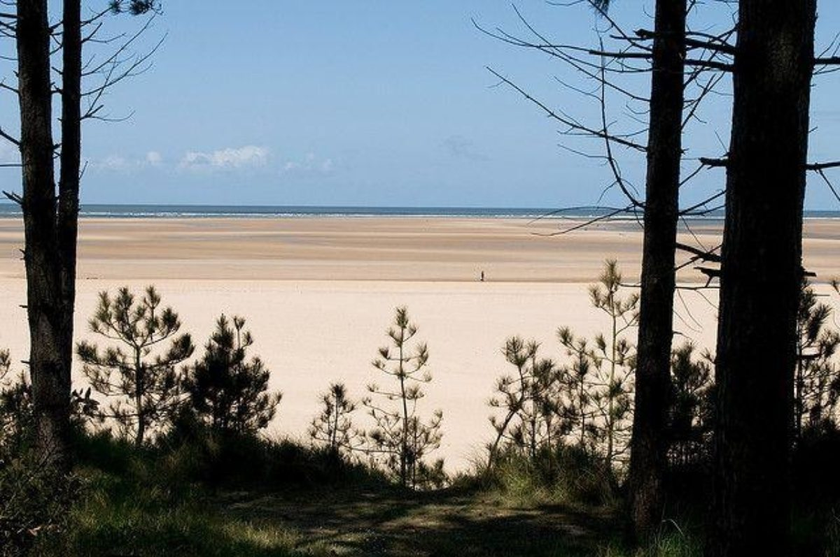 Holkham Beach, North Norfolk large photo 1