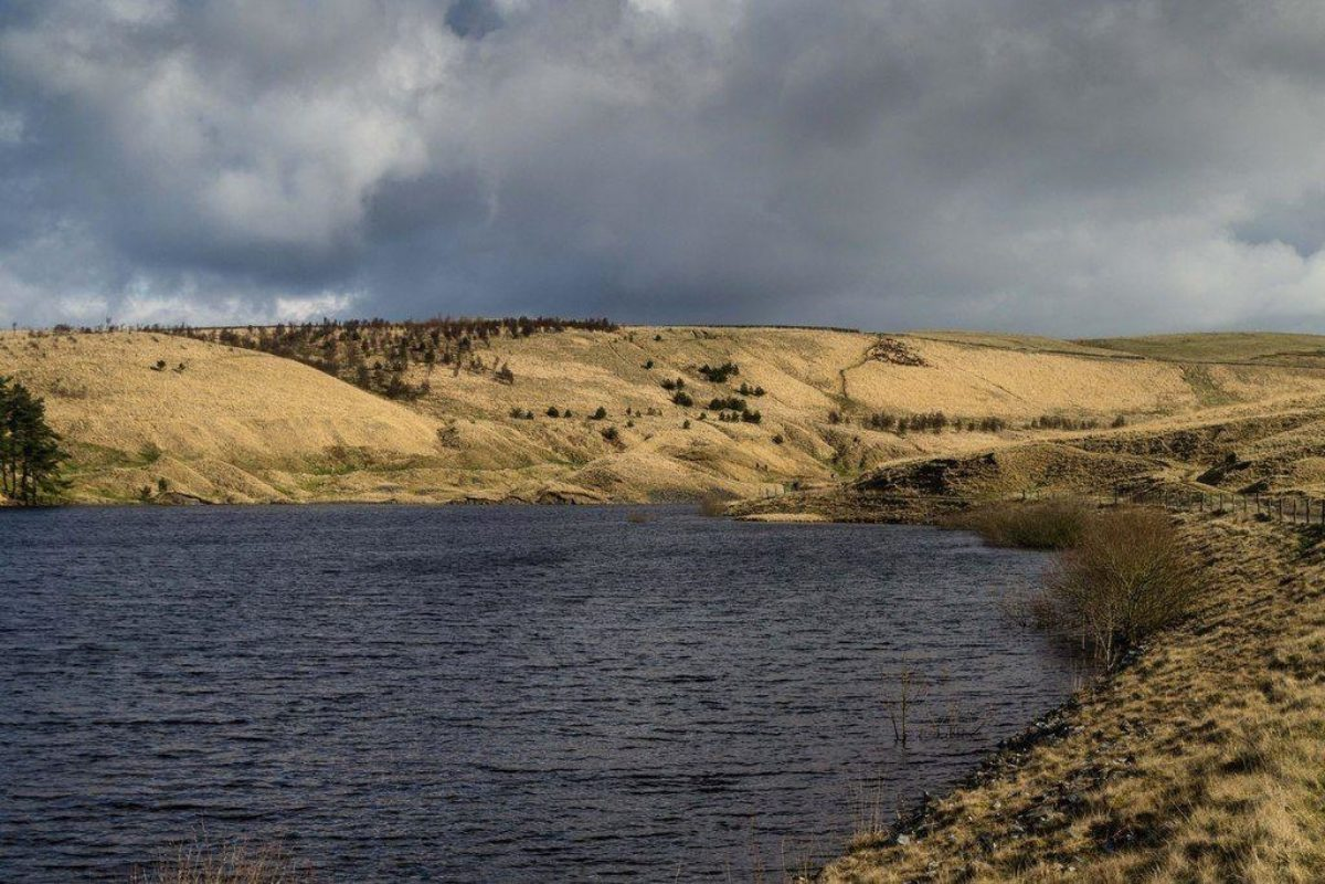 Hurstwood Reservoir large photo 1