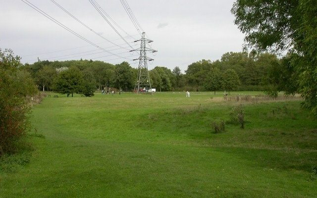 Irchester Country Park Dog walk in Northamptonshire