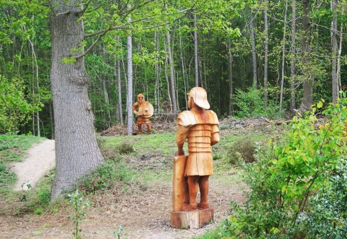 Joyden's Wood large photo 1