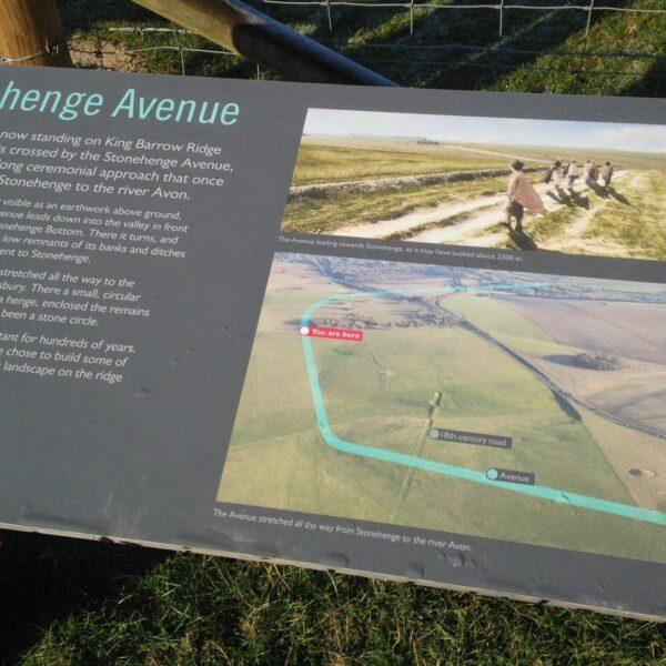 King Barrow Ridge - Stonehenge - Carcus Walk photo 6