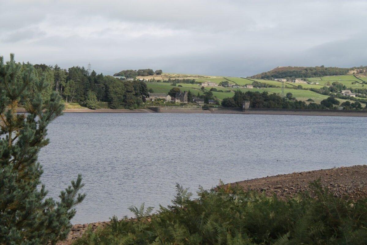 Langsett Reservoir large photo 4