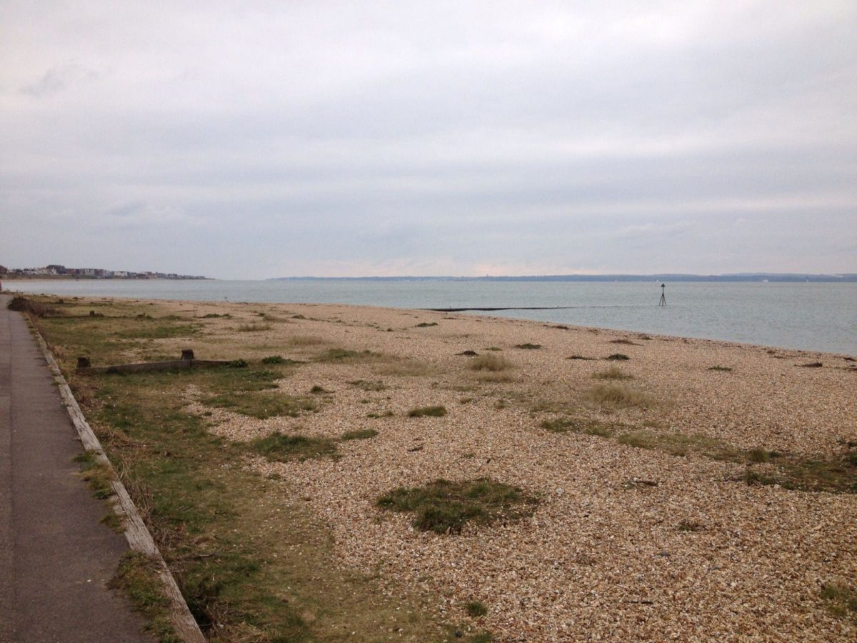 Lee On The Solent Beach large photo 4