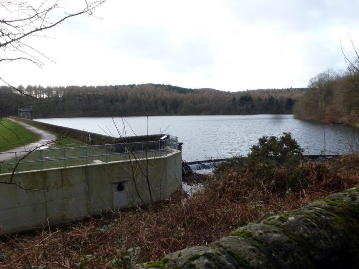 Linacre Reservoirs large photo 2
