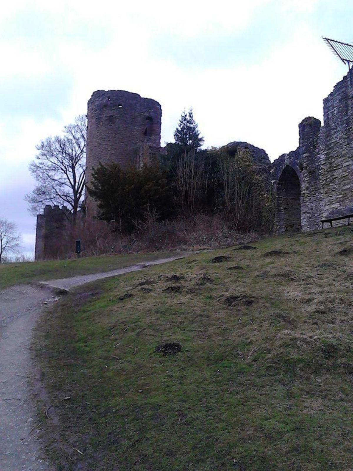 Ludlow Castle large photo 3