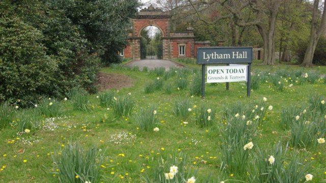 Dog walk at Lytham Hall