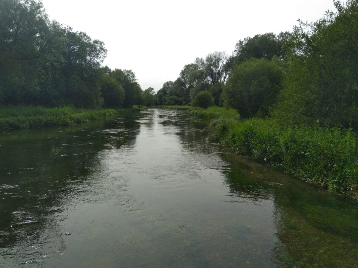 Martyr Worthy River Walk large photo 4
