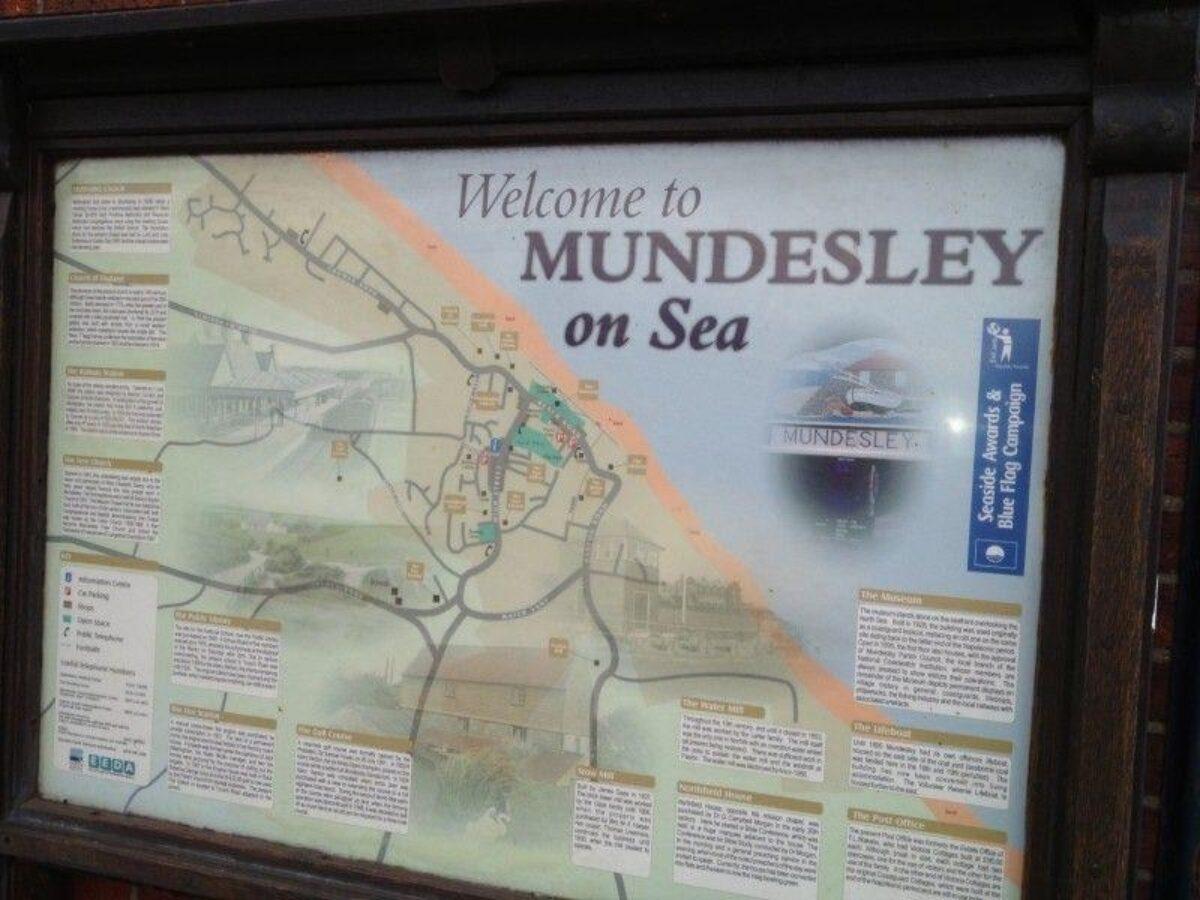 Mundesley Beach large photo 2