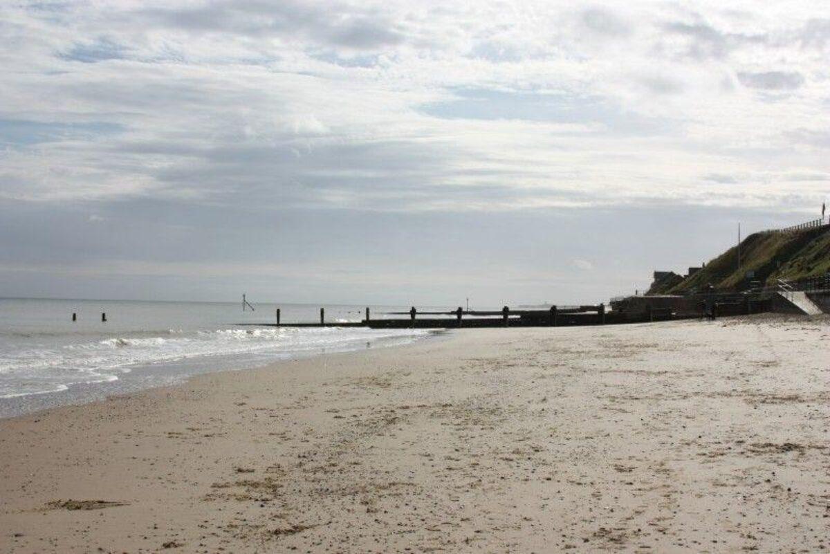 Mundesley Beach large photo 7