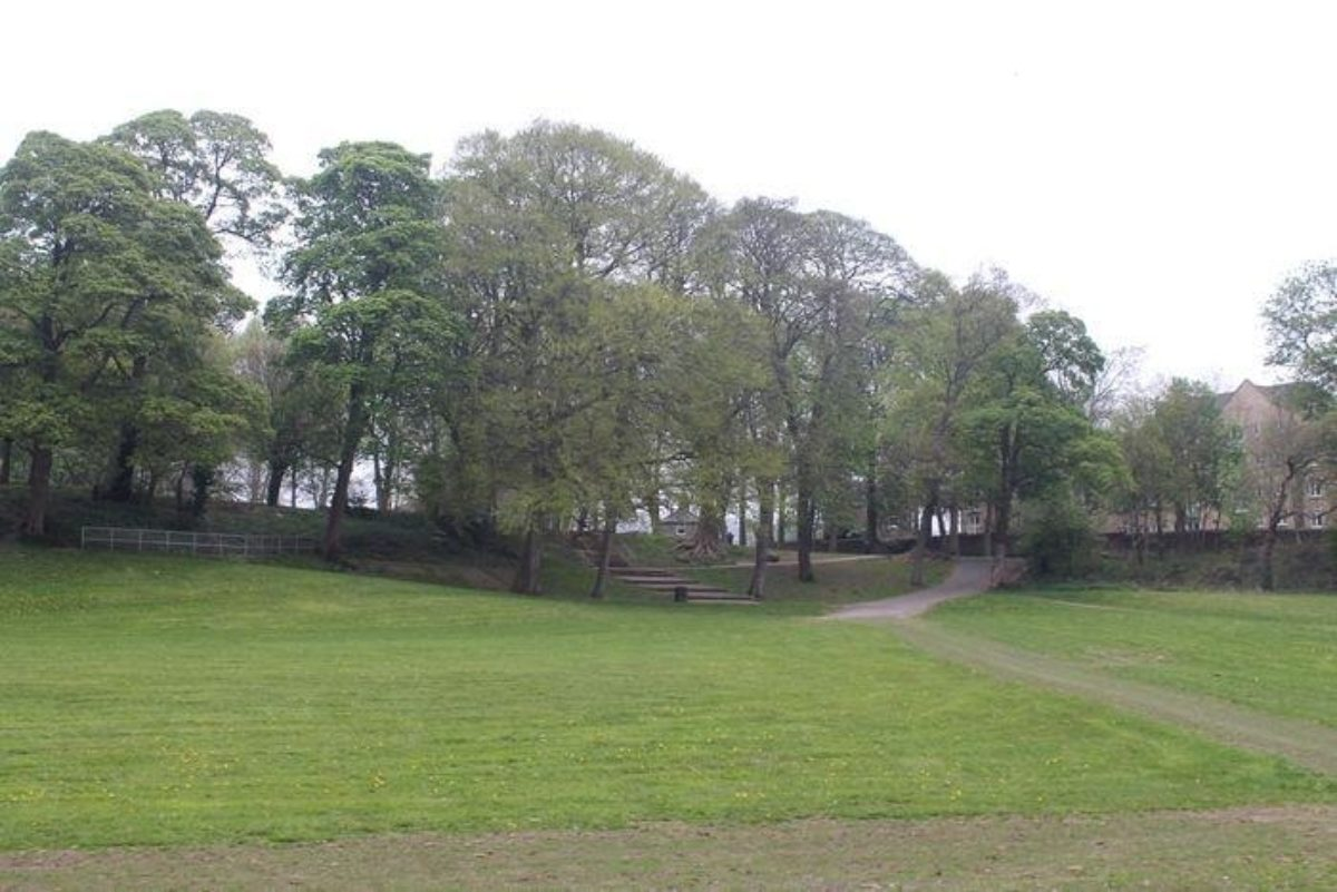 Myrtle Park, Bingley large photo 2
