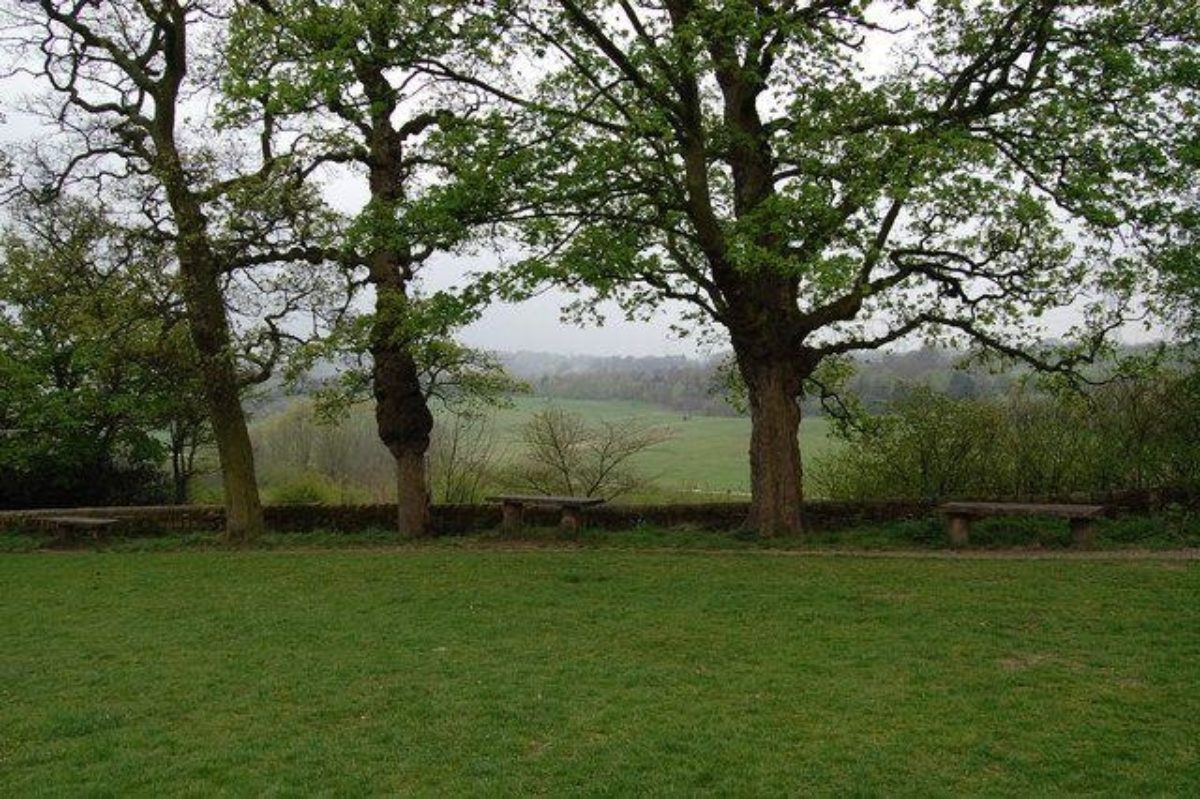 Oakwell Hall And Country Park large photo 1