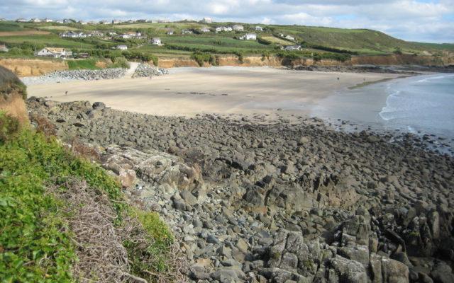 Perranuthnoe Beach, Cornwall Dog walk in Cornwall