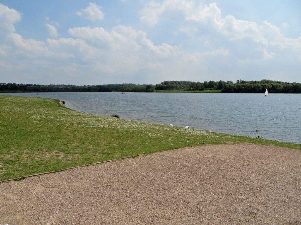 Pugneys Country Park large photo 4