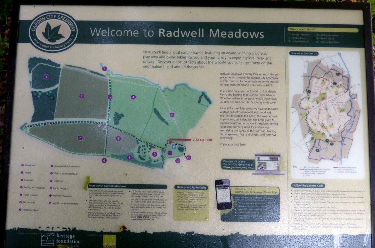 Radwell Meadows large photo 4