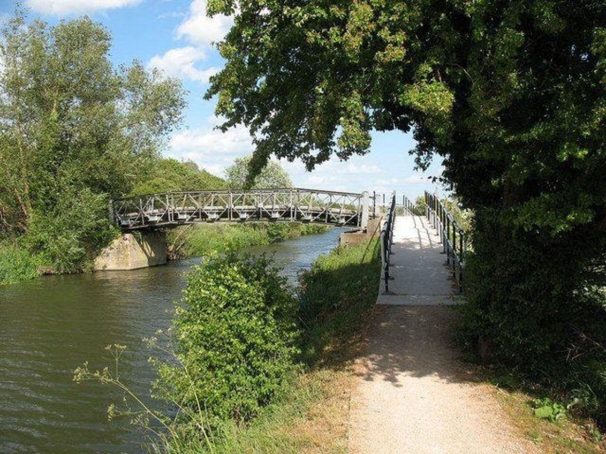 River Stort large photo 5