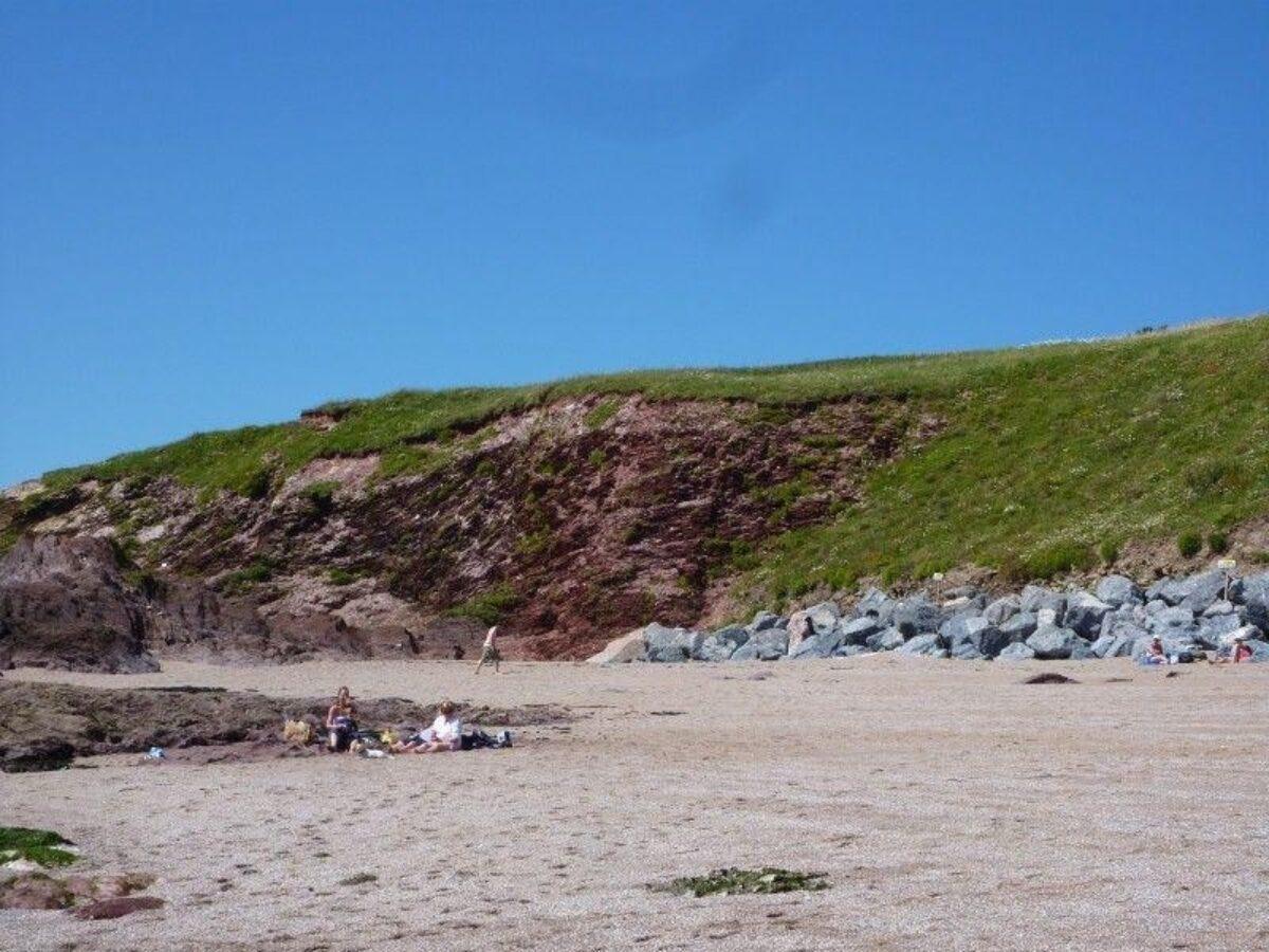 Thurlestone Beach large photo 2