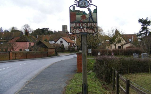 Tuddenham Fountains Dog walk in Suffolk