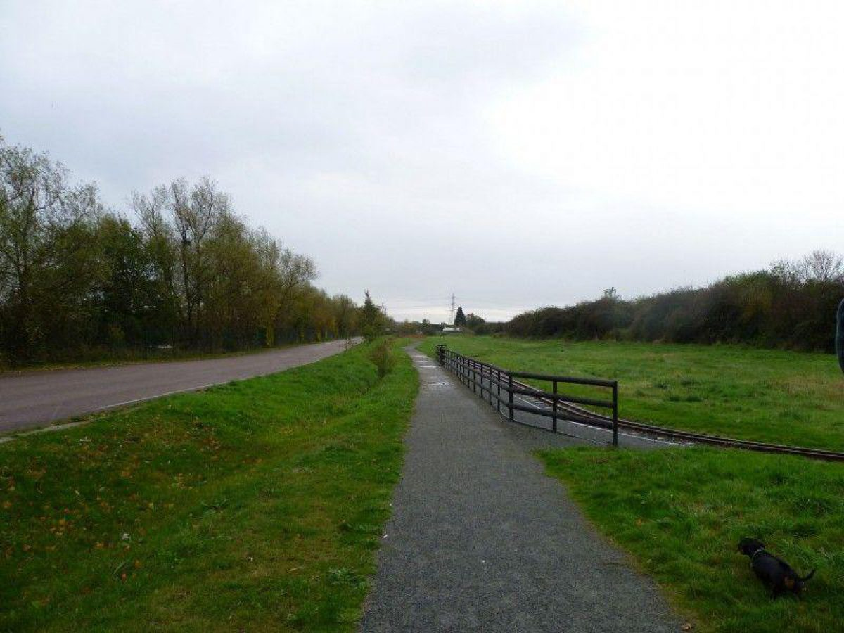 Wat Tyler Country Park large photo 1